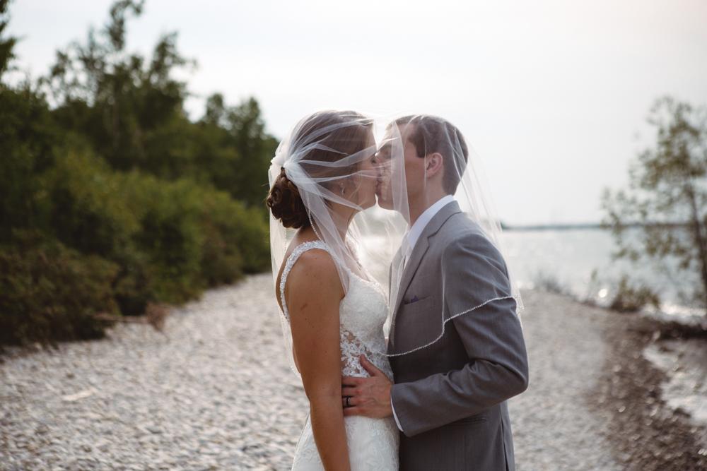 Alli & Sam / Married / 8.4.18